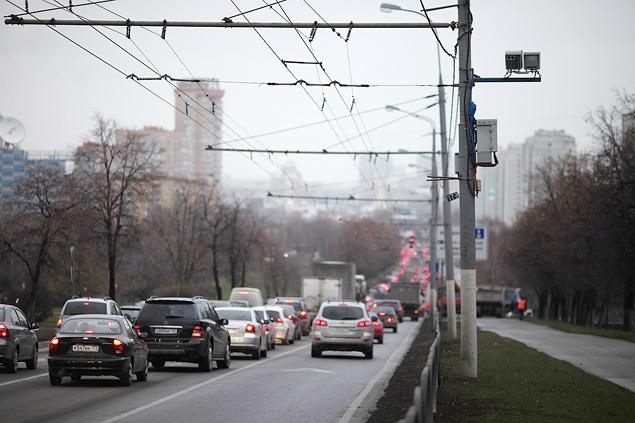 Выделенные полосы не понравились ни водителям, ни чиновникам. Фото 6