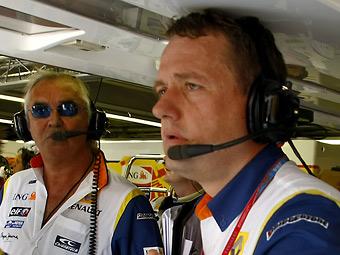 Опытный топ-менеджер Формулы-1 сменил Lotus Renault GP на Team Lotus