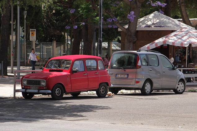 Компактные автомобили вчера и сегодня. Фото 1