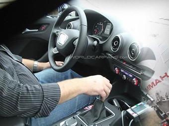 Появились фотографии интерьера нового Audi A3
