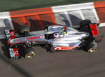 Баттон и Сенна провели гонку в Абу-Даби с неработающей системой KERS