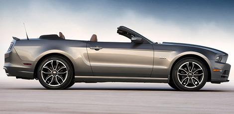 """""""Мустанги"""" получили обновленный дизайн, новые опции и более мощный мотор V8. Фото 1"""