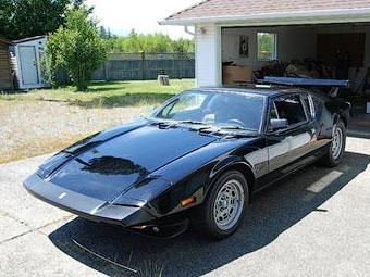 В Канаде выставили на продажу 900-сильное спорткупе De Tomaso Pantera