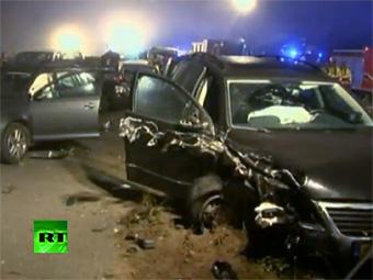 На севере Германии столкнулись 52 автомобиля