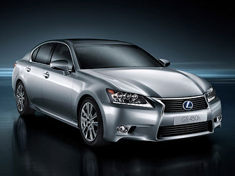 Lexus разработает для седана GS маленькую гибридную установку