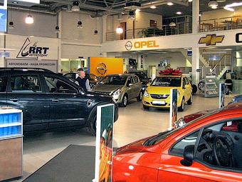 ФАС защитит российских автодилеров от автоконцернов
