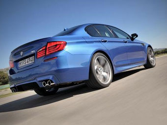"""Стала известна мощность дизельной """"M-пятерки"""" BMW"""