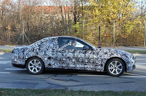 Новый кабриолет BMW получит жесткую складывающуюся крышу