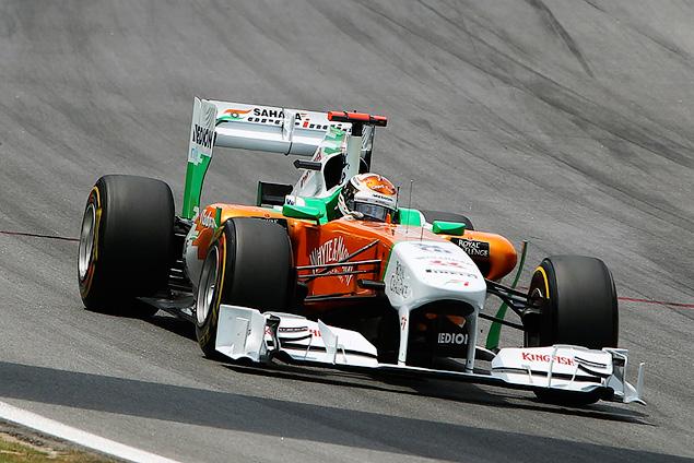 Марк Уэббер одержал первую победу в последней гонке сезона. Фото 3