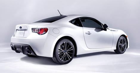 """Subaru не стала делать заднеприводное купе мощнее """"Тойоты"""""""