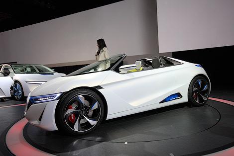 """Дизайн будущих """"Хонд"""" показали на концепт-каре EV-Ster"""