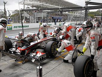 Босс команды McLaren попросил Pirelli ухудшить шины для Формулы-1
