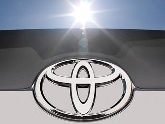 """Продажи """"Тойоты"""" в США увеличились впервые с апреля"""