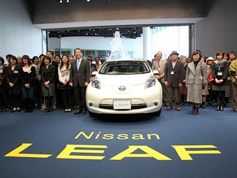 """Nissan Leaf стал в Японии """"Автомобилем года 2011-2012 года"""""""