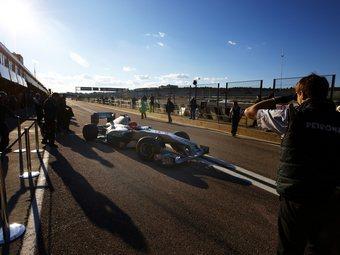 В команде Mercedes определили дату дебюта нового болида