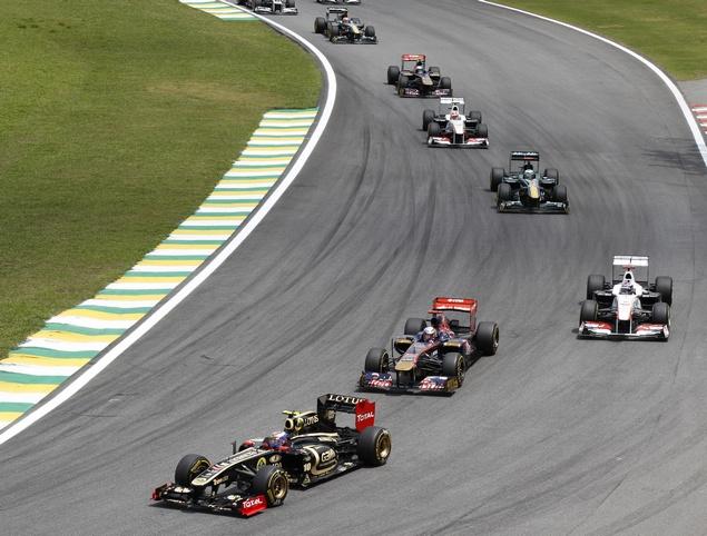 Виталию Петрову не досталось места в команде Формулы-1. Фото 4