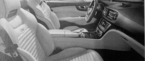Фотографии родстера Mercedes-Benz SL следующего поколения сосканировали из рекламной брошюры. Фото 2