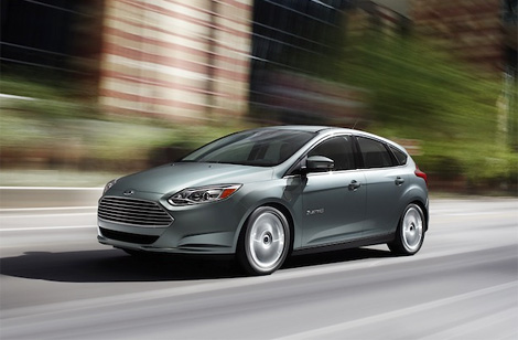 Расходы на поездку в электромобиле Ford Focus сравнимы с эксплуатацией машины с расходом топлива 2,3 литра на сто километров. Фото 1