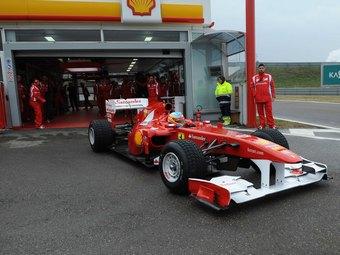 Ferrari успеет собрать новый болид к первым тестам