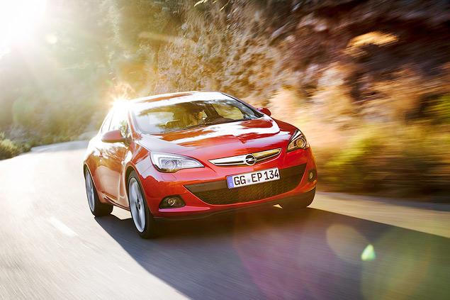 """Выясняем, чем """"трехдверка"""" Opel Astra отличается от """"пятидверки"""". Фото 10"""