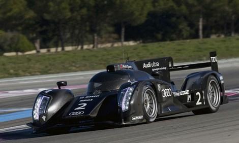 Пока не получивший названия автомобиль Audi категории LMP1 испытали на американской трассе в Себринге