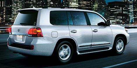 В Японии начались продажи рестайлингового Land Cruiser. Фото 2