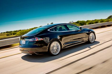 Стали известны цены и комплектации американского электромобиля