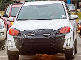 Фотошпионы засняли совместный электрокар Toyota и Tesla