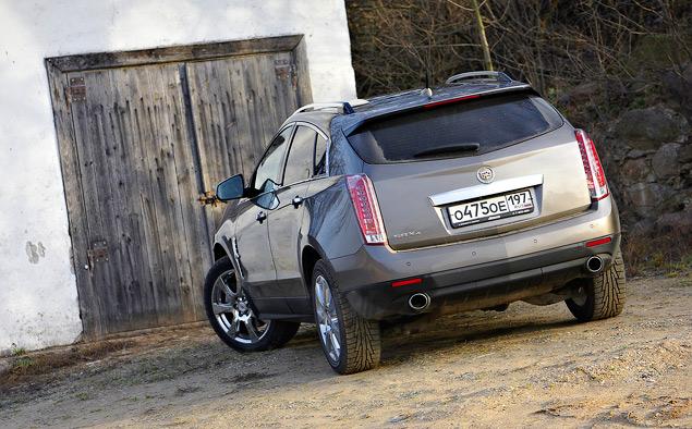 Что нового в Cadillc SRX 2012 модельного года