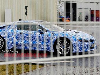 Компания BMW слегка приблизила гибридный спорткар i8 к реальности