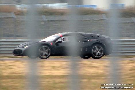 На треке Ferrari начались тесты преемника модели Enzo