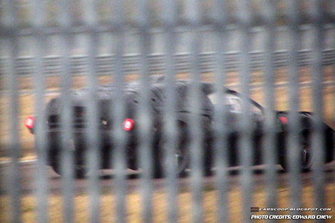 На треке Ferrari начались тесты преемника модели Enzo. Фото 1