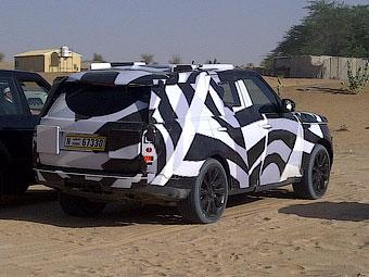 В пустыне начались испытания нового Range Rover