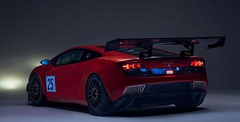 Фирма Reiter Engineering доработала аэродинамику и коробку передач суперкара. Фото 1