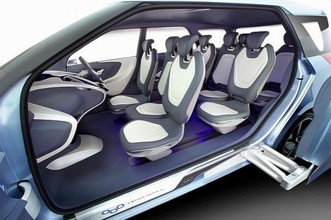 На автосалоне в индийском Нью-Дели показали концептуальный компактвэн Hyundai Hexa Space Concept. Фото 1