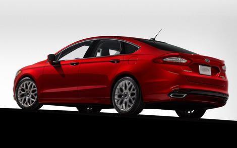 Автомобиль нового поколения будет выпускаться в бензиновой и двух гибридных версиях. Фото 1