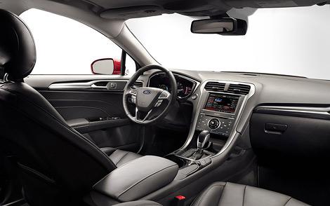 Автомобиль нового поколения будет выпускаться в бензиновой и двух гибридных версиях. Фото 3