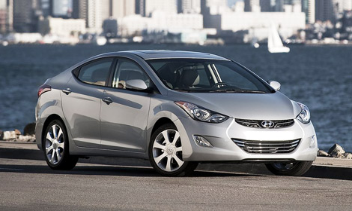 Лучшими машинами стали Hyundai Elantra и Range Rover Evoque