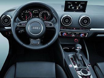Audi показала интерьер нового A3