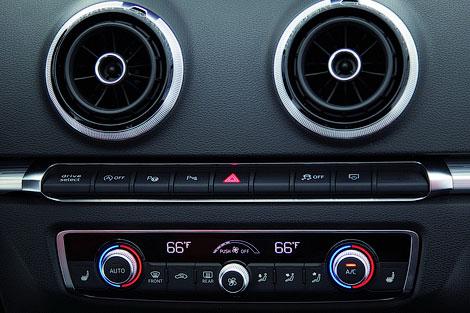 Мировая премьера модели A3 следующего поколения пройдет в марте. Фото 4