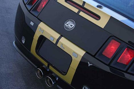 Ателье Shelby American выпустит 300 эксклюзивных Ford Mustang. Фото 1