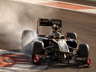 FIA разрешила Lotus Renault GP использовать уникальную подвеску