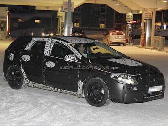 Новый хэтчбек Volvo сфотографировали во время испытаний