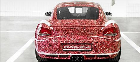 """В музее Porsche в Штутгарте представят спорткар, посвященный пользователям """"Фейсбука"""". Фото 2"""