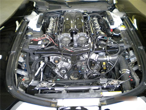 """На аукционе Barrett-Jackson продадут суперкар на базе """"Вайпера"""", оснащенный 650-сильным V10. Фото 1"""
