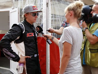 Директор Lotus рассказал о первом тестовом дне Райкконена