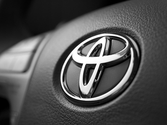 """""""Тойота"""" вылетела из тройки крупнейших мировых автоконцернов"""