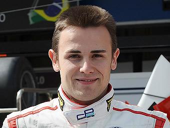 Команда Ferrari подписала контракт с чемпионом Формулы-Суперлига