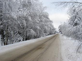 ГИБДД пообещала приезжать на место аварии в морозы быстрее
