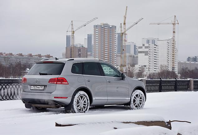 Длительный тест VW Touareg Hybrid: разбираемся, зачем нужны экологически чистые внедорожники